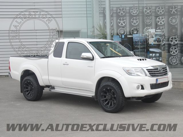 montage de jantes auto exclusive sur hilux  photo toyota106